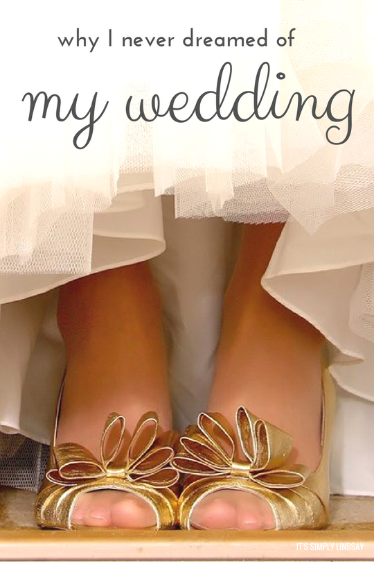 why-i-never-dreamed-of-my-wedding-its-simply-lindsay-2